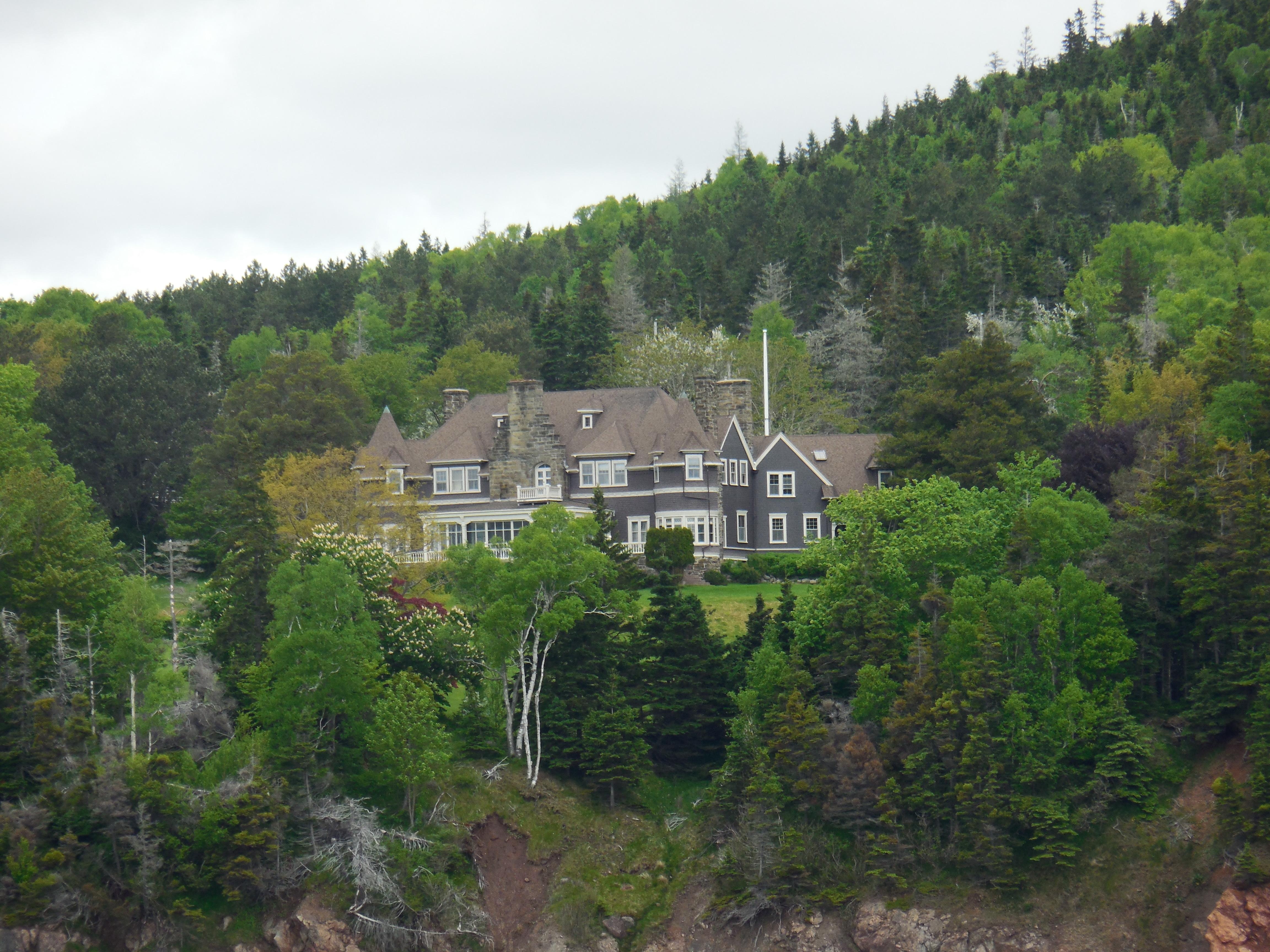 Bell Mansion
